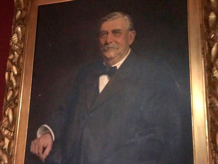 Samuel D. Chamberlin haunts the Elks Club Lodge in Hartford, CT.